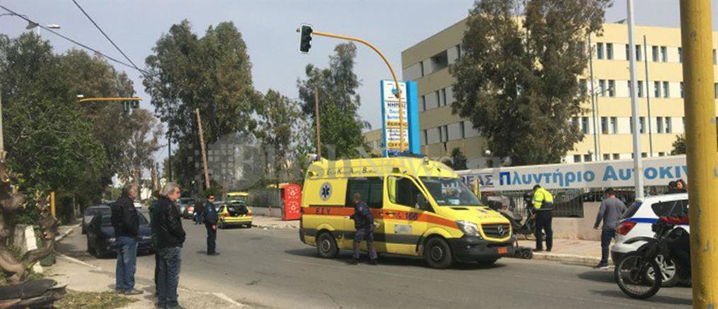 Στο νοσοκομείο νεαρή μετά από τροχαίο με ηλεκτρικό πατίνι