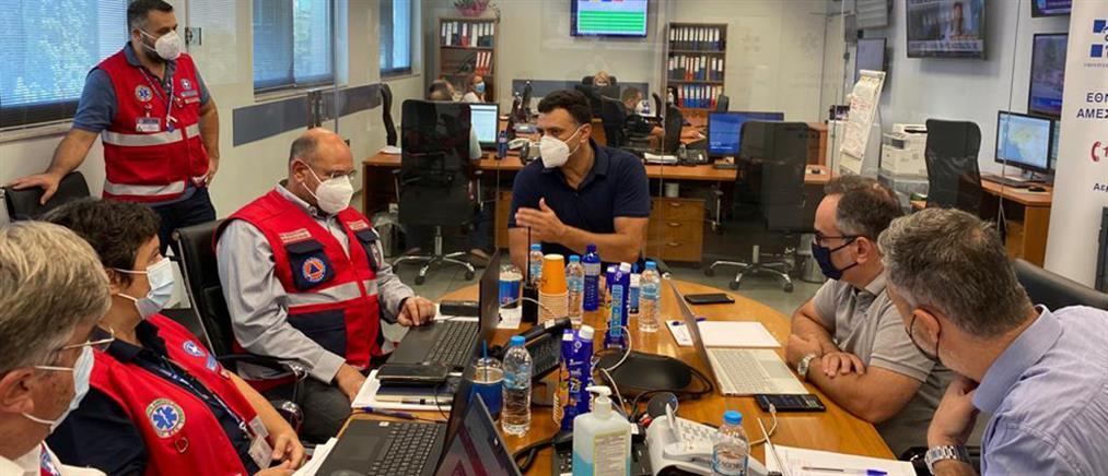 Φωτιές - Κικίλιας: ΕΚΑΒ και νοσοκομεία παραμένουν σε εγρήγορση