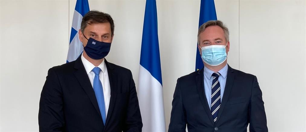 Τουρισμός - Θεοχάρης: Νέες πτήσεις από την Γαλλία προς την Ελλάδα