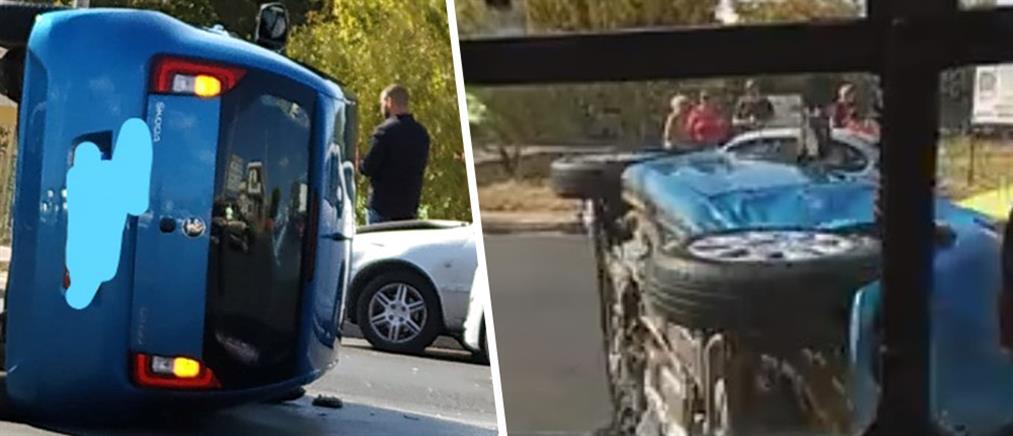 Σύγκρουση οχημάτων με ανατροπή στα Σπάτα