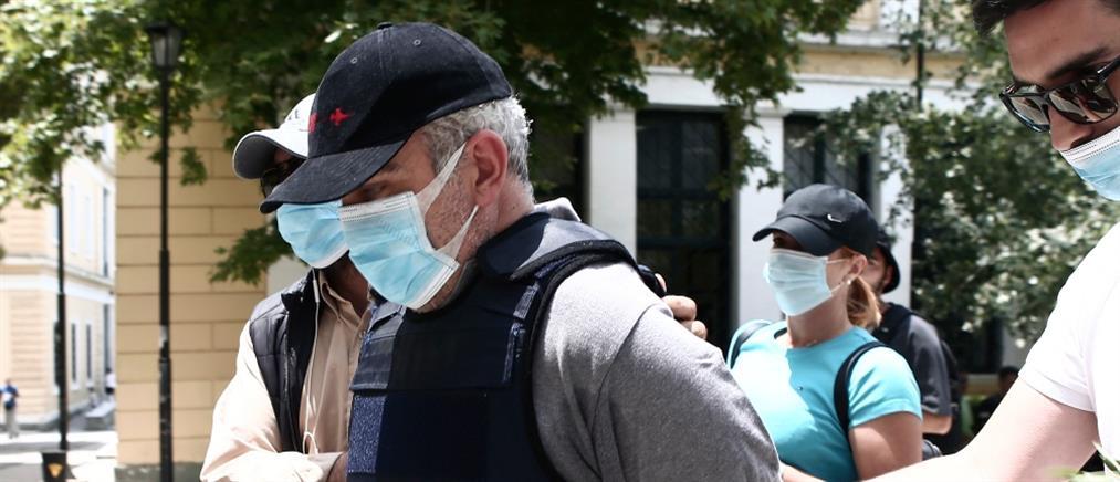 Θύμα ψευτογιατρού στον ΑΝΤ1: Είχε γραφείο σε ιδιωτική κλινική (βίντεο)