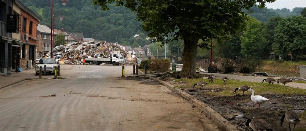 Βέλγιο: Καταστροφικοί χείμαρροι παρέσυραν τα πάντα (εικόνες)