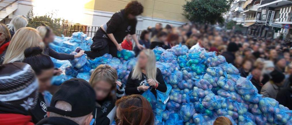 Νέο σόου από τη Χρυσή Αυγή με διανομή τροφίμων μόνο σε Έλληνες
