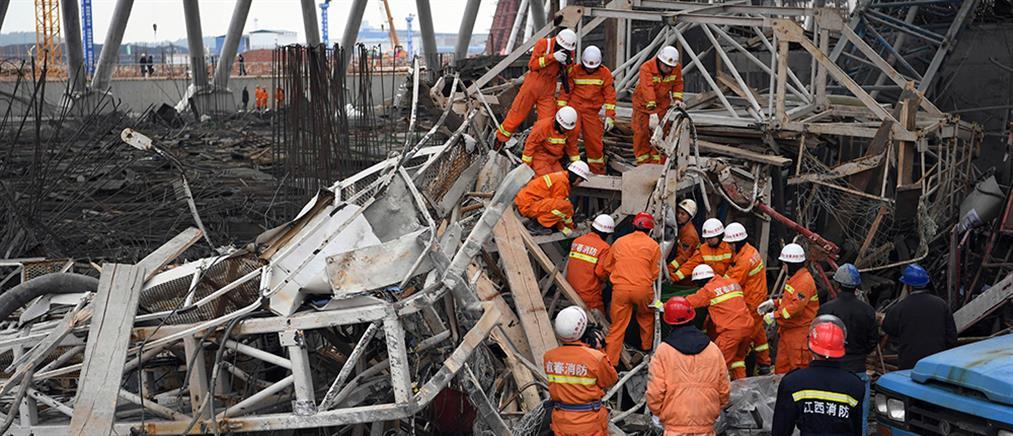Νεκροί από κατάρρευση κτιρίου στη Σαγκάη