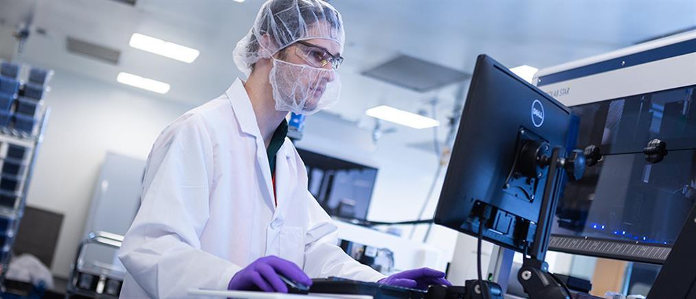 """Κορονοϊός - Εμβόλια: """"Πράσινο φως"""" από τον ΕΜΑ σε τρεις μονάδες παραγωγής"""