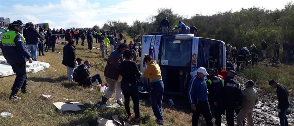 Πολύνεκρο δυστύχημα με λεωφορείο που μετέφερε συνταξιούχους (βίντεο)