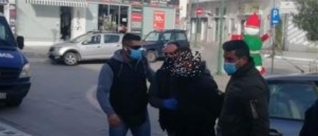 Η απολογία του 20χρονου για τον φόνο του ξενοδόχου στην Σαντορίνη (βίντεο)