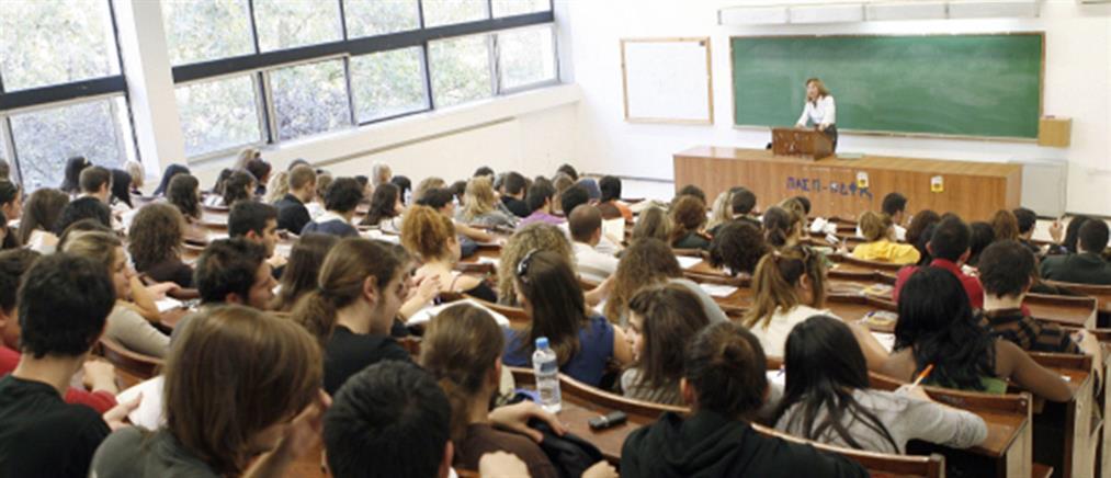 Κόντρα κυβέρνησης - ΣΥΡΙΖΑ για την Παιδεία