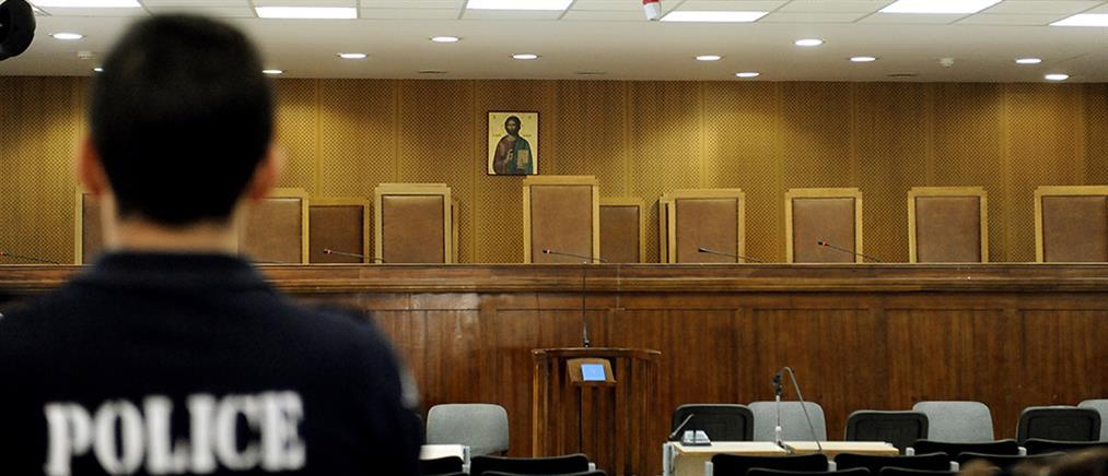 Δίκη Χρυσής Αυγής: Επιτάχυνση της διαδικασίας ζητά η πολιτική αγωγή