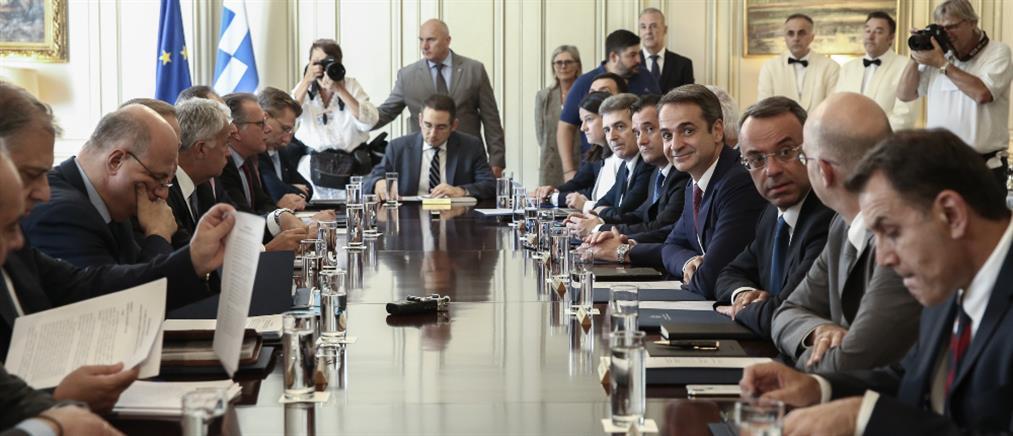 """""""Καυτή"""" η ατζέντα στο Υπουργικό Συμβούλιο"""