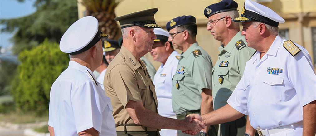 Στην Ελλάδα ο Αρχηγός των Ενόπλων Δυνάμεων των ΗΠΑ (εικόνες)