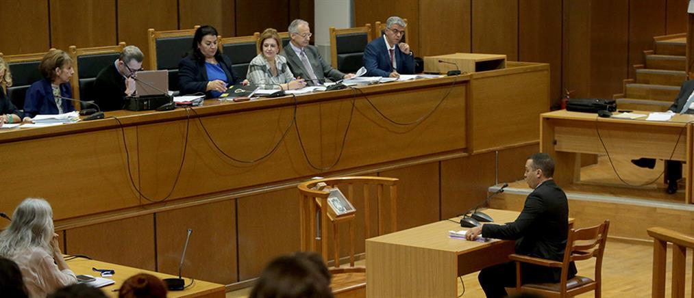 Δίκη Χρυσής Αυγής: απολογείται ο Ηλίας Κασιδιάρης