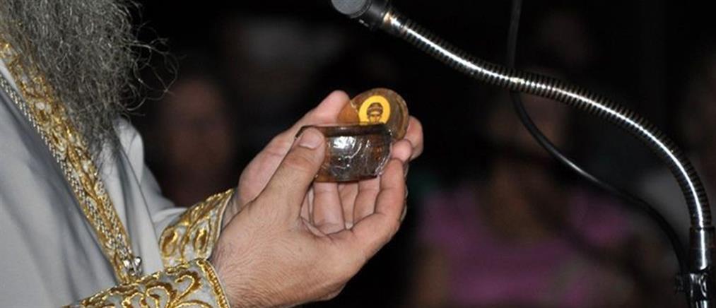 Αγρύπνια για να προσκυνήσουν κάστανο που είχε βράσει ο Άγιος Παΐσιος (φωτο)