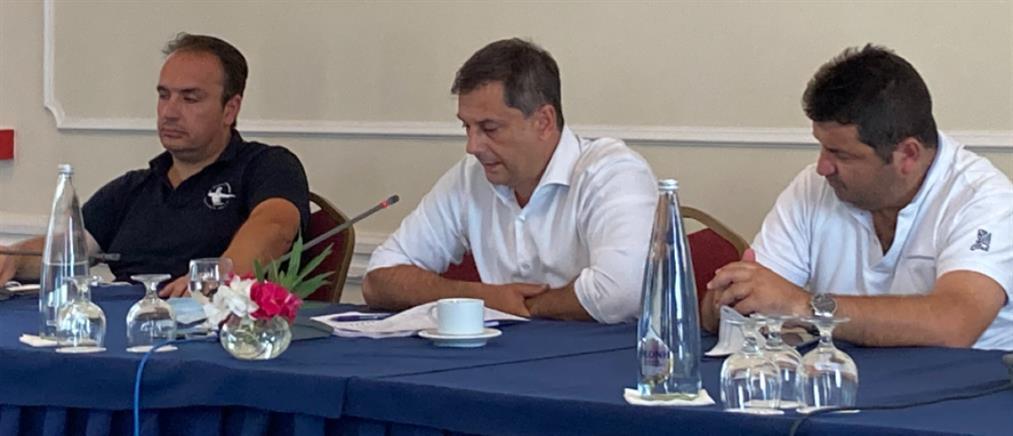 Εύβοια: Σύσκεψη Θεοχάρη με τουριστικούς φορείς