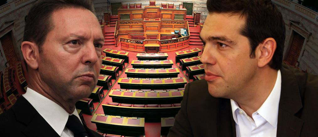 """Το Μαξίμου καταγγέλλει τον Στουρνάρα για """"πολιτικά παιχνίδια"""""""