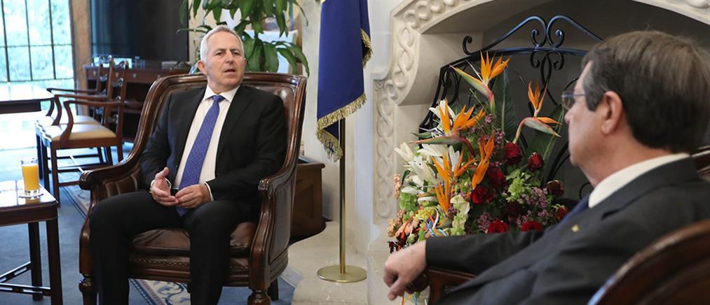 Συνάντηση Αναστασιάδη - Αποστολάκη για τις τουρκικές προκλήσεις
