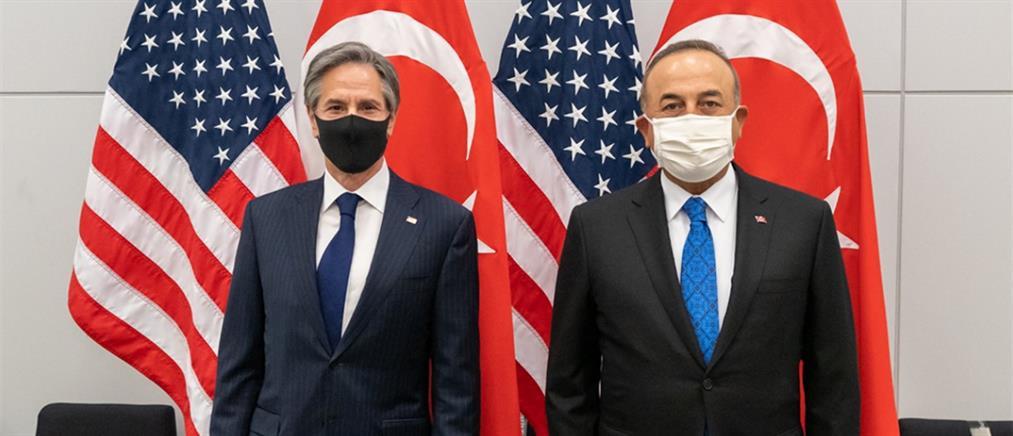 Μπλίνκεν σε Τσαβούσογλου: στηρίζουμε τις διερευνητικές συνομιλίες Ελλάδας – Τουρκίας