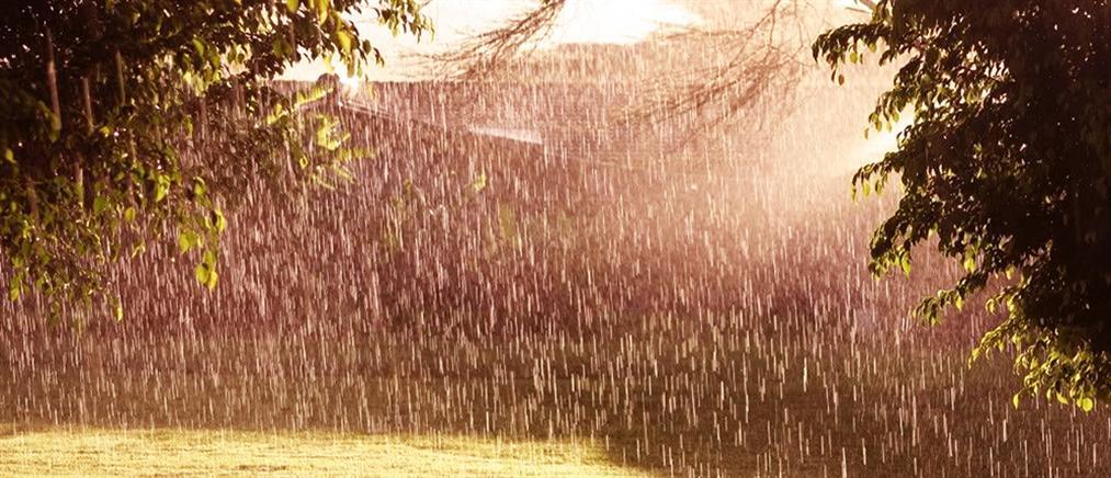 Καιρός: Καταιγίδες και χαλάζι την Κυριακή