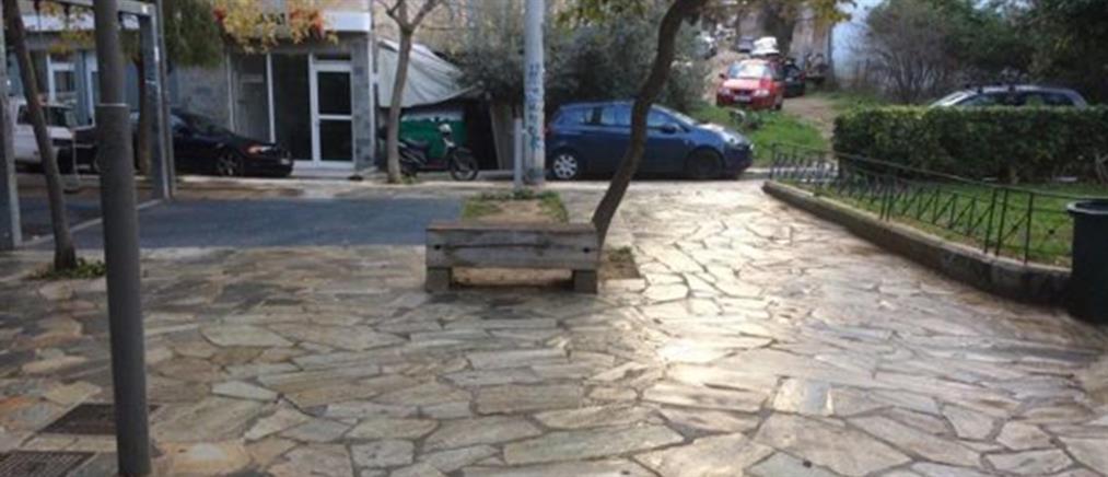 """""""Καλλωπισμός"""" της πλατείας Ραυτοπούλου (εικόνες)"""
