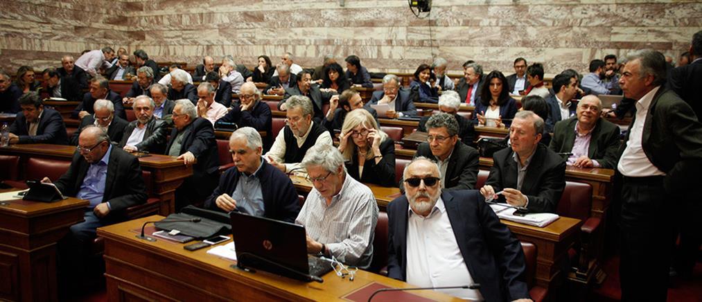 """""""Διπλό"""" αντάρτικο στον ΣΥΡΙΖΑ"""
