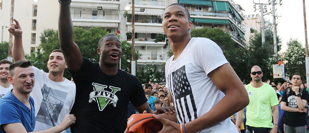 Αντετοκούνμπο: Από το ΝΒΑ για μπάσκετ στα Σεπόλια
