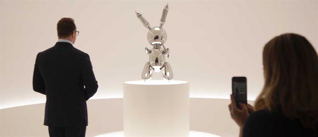Ο Τζεφ Κουνς έγινε ο πιο ακριβοπληρωμένος εν ζωή καλλιτέχνης (βίντεο)
