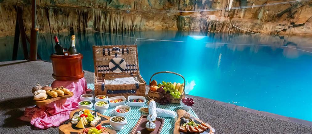 Δείπνο σε σπήλαιο με σταλακτίτες, 18 μέτρα κάτω από την γη (βίντεο)