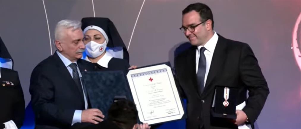 Ο Ερυθρός Σταυρός τίμησε τον Όμιλο ΑΝΤΕΝΝΑ (βίντεο)
