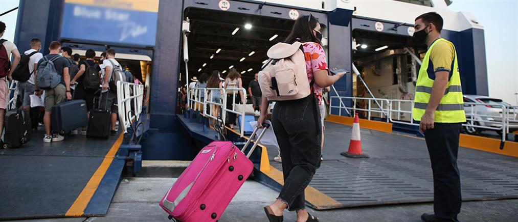 Κορονοϊός – Πλοία: Τι αλλάζει στις μετακινήσεις από Δευτέρα