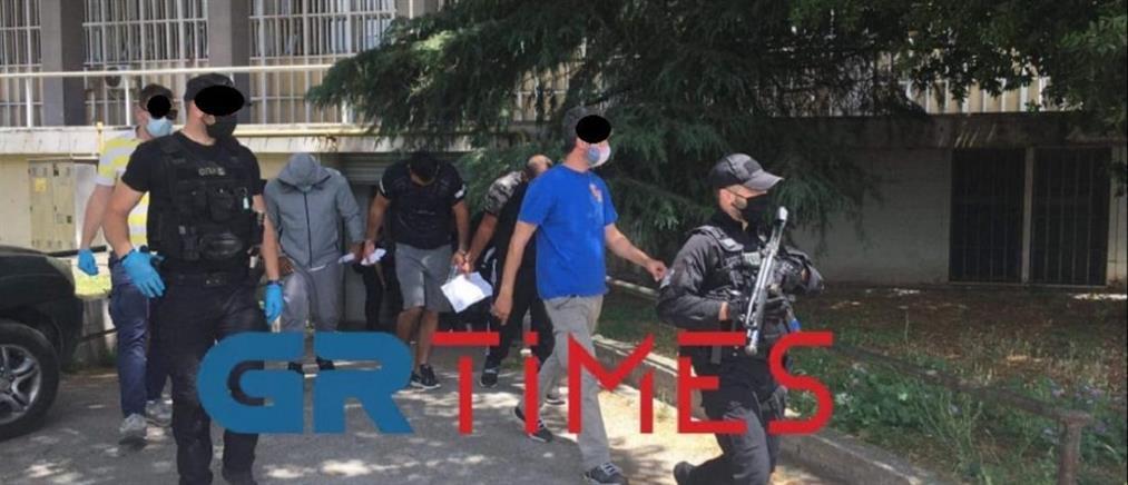 Θεσσαλονίκη: Σπείρα έκανε 36 διαρρήξεις σε έναν μήνα (βίντεο)
