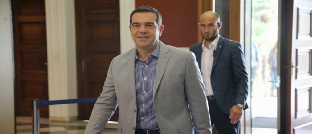 Συνάντηση Τσίπρα με παραγωγικούς φορείς στην Θεσσαλονίκη (εικόνες)