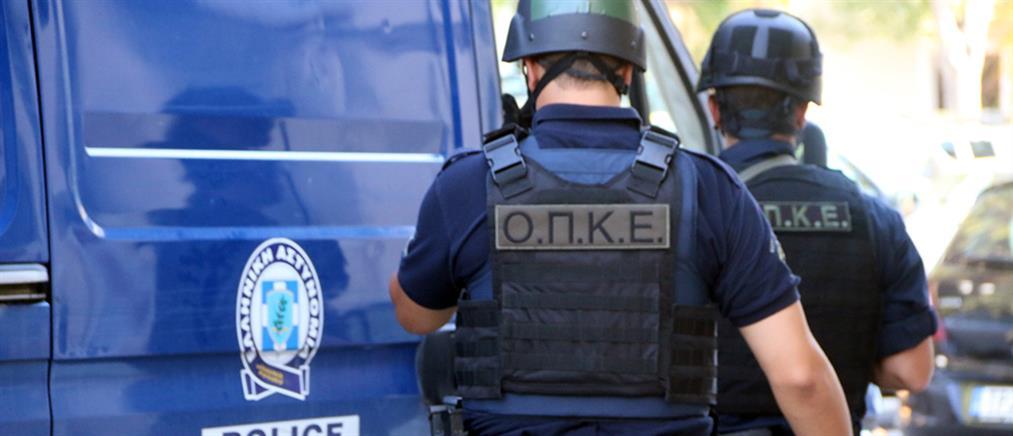 Αστυνομική επιχείρηση σε ΑΣΟΕΕ και Πεδίον του Άρεως