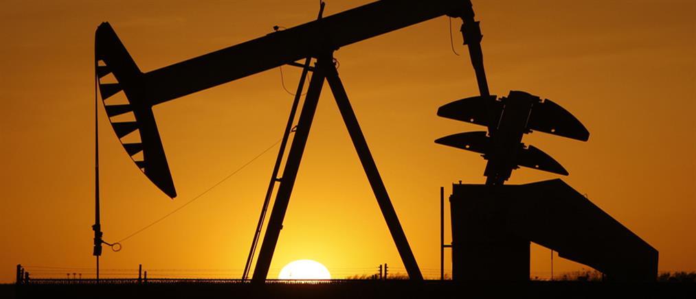 """Λιβύη: """"κλοιός"""" στην παραγωγή πετρελαίου από δυνάμεις του Χαφτάρ"""