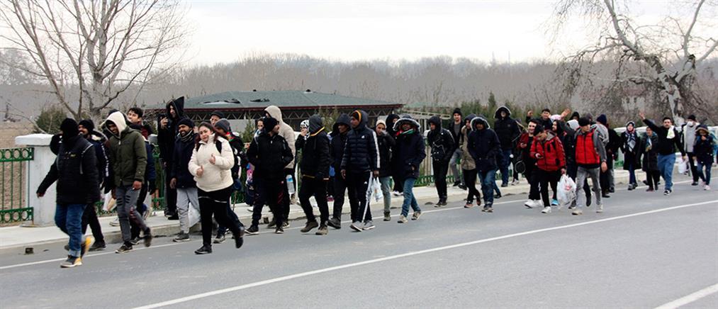 Σε διαρκή επικοινωνία με ΕΕ και ΝΑΤΟ η Αθήνα για το μεταναστευτικό