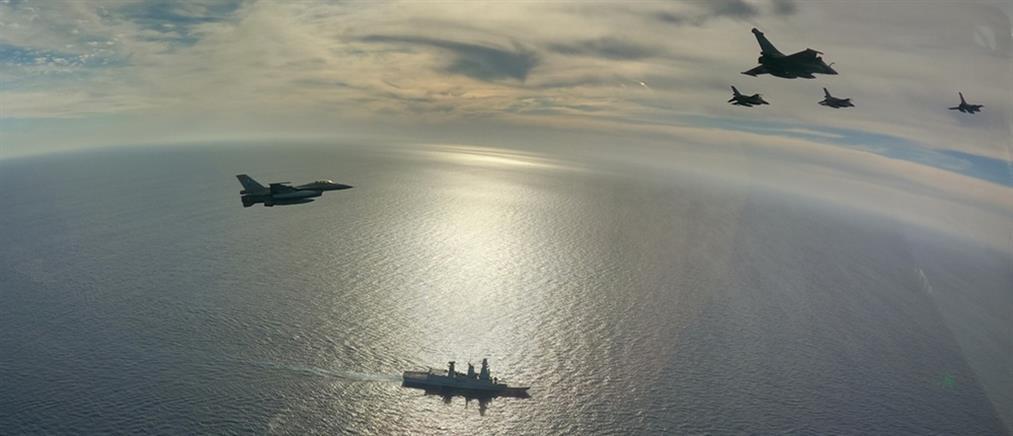 """Συνεκπαίδευση της ΠΑ με το Αεροπλανοφόρο """"Charles de Gaulle"""" (εικόνες)"""