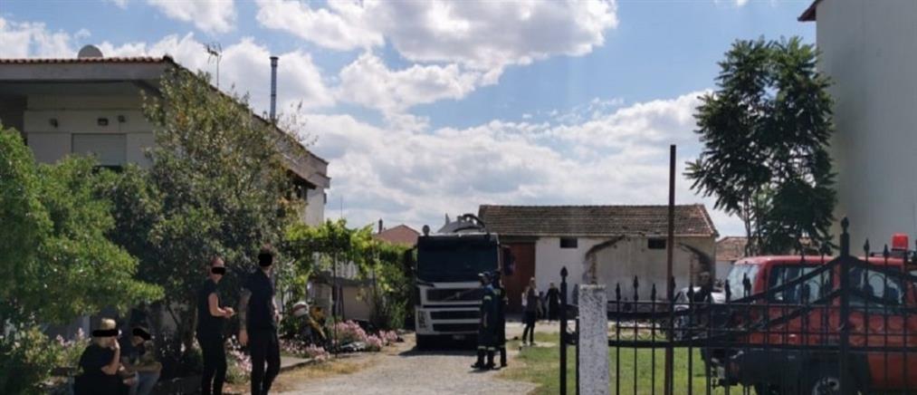 """Θεσσαλονίκη: Νεκρό βρέφος βρέθηκε σε βόθρο - Το """"έχασαν"""" οι παππούδες του"""
