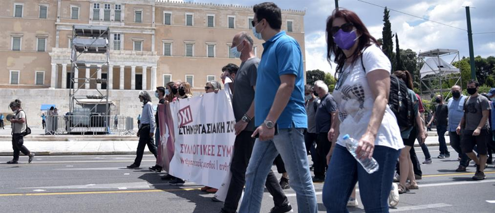 """Απεργία 10 Ιουνίου: Τι """"είδαν"""" ΓΣΕΕ και ΑΔΕΔΥ στις πορείες - Πόσους """"μέτρησε"""" η Αστυνομία"""