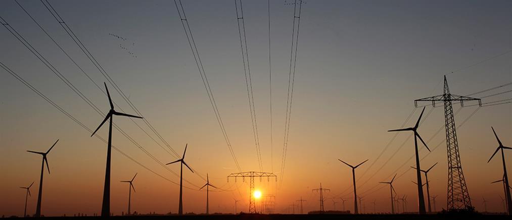 ΑΔΜΗΕ: ιστορικό ρεκόρ καθαρής ενέργειας στην Ελλάδα