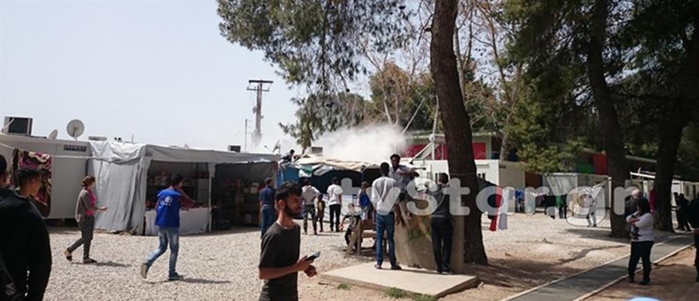 Αιματηρό επεισόδιο και καταστροφές σε κέντρα υποδοχής προσφύγων (εικόνες)