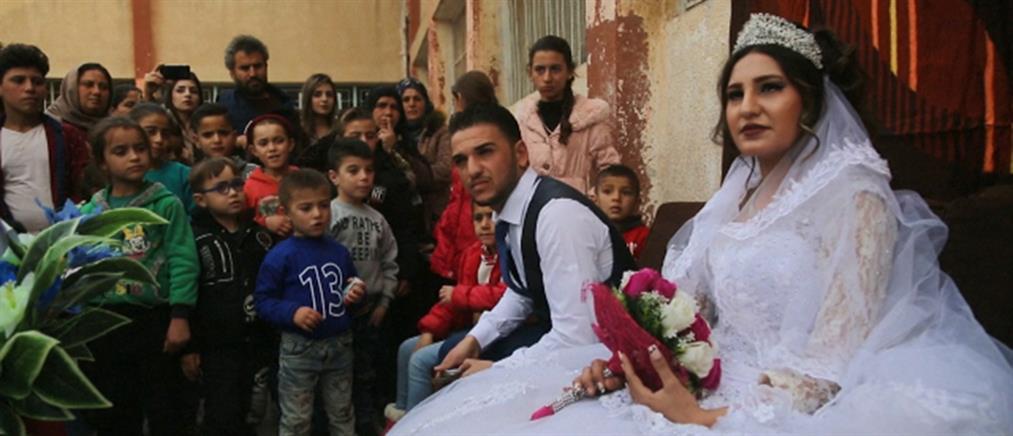 """""""Τρικούβερτο"""" γλέντι σε γάμο μέσα σε προσφυγικό καταυλισμό (βίντεο)"""