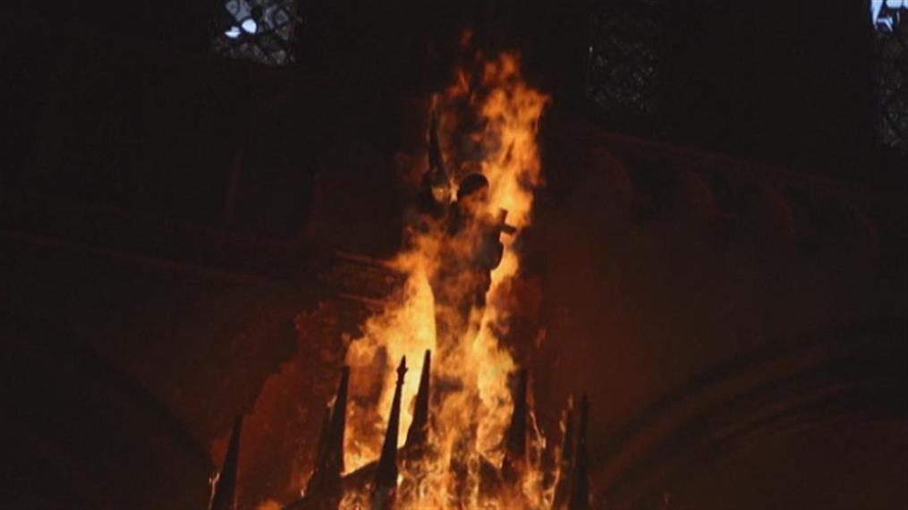 Εκκλησίες πυρπολήθηκαν από διαδηλωτές στη Χιλή