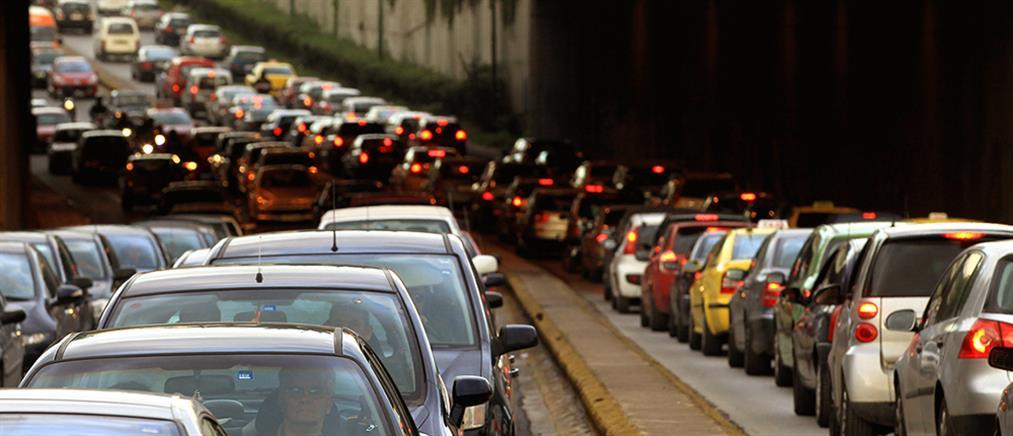 """Η Ρώμη """"σήκωσε χειρόφρενο"""" στα πετρελαιοκίνητα αυτοκίνητα"""