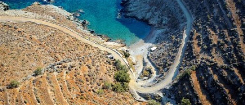 Φολέγανδρος: γυναίκα βρέθηκε νεκρή με τα ρούχα στη θάλασσα