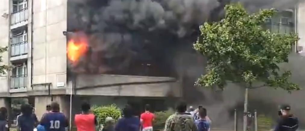 Λονδίνο: Μεγάλη πυρκαγιά σε συγκρότημα κατοικιών (βίντεο)
