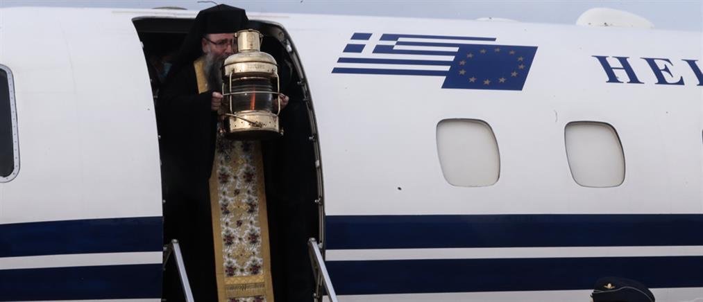 Άγιο Φως: η άφιξη στην Ελλάδα