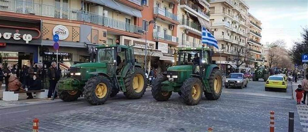 Σέρρες: Αγρότες με τρακτέρ στο κέντρο της πόλης (βίντεο)