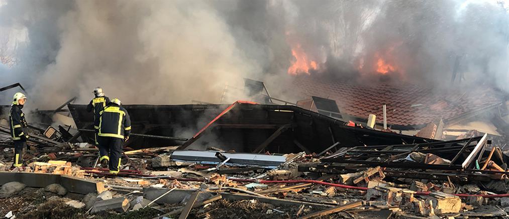 Καστοριά: Εικόνες απόλυτης καταστροφής μετά την έκρηξη σε ξενοδοχείο