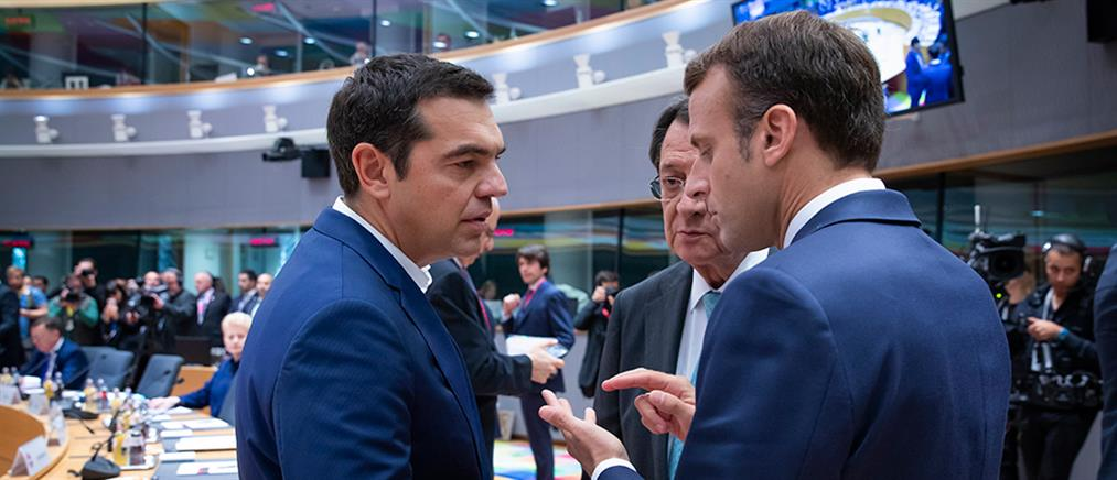 Επαφές Τσίπρα για Προσφυγικό και Οικονομία στην Σύνοδο Κορυφής