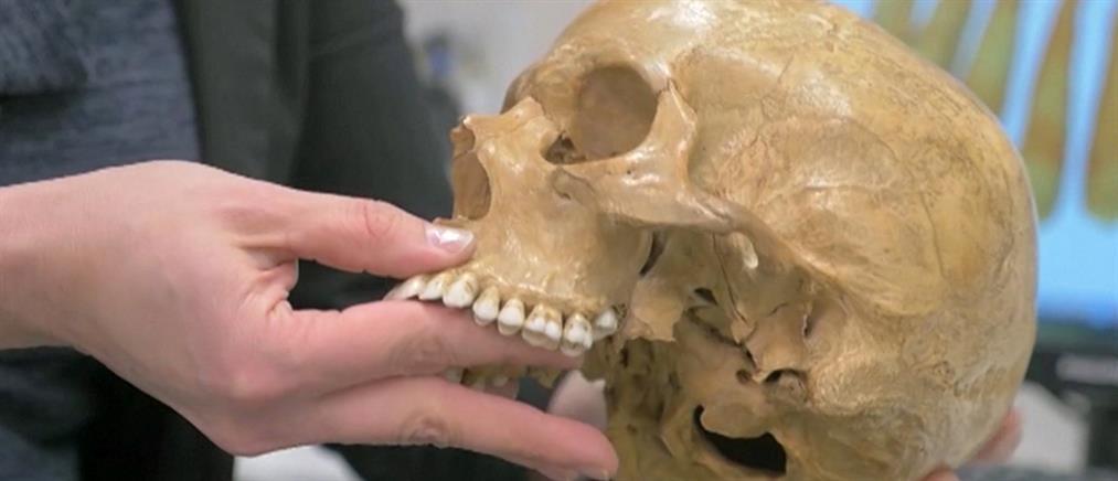 Η ανακάλυψη ανθρώπινων απολιθωμάτων που ανατρέπει τα μέχρι τώρα δεδομένα (βίντεο)