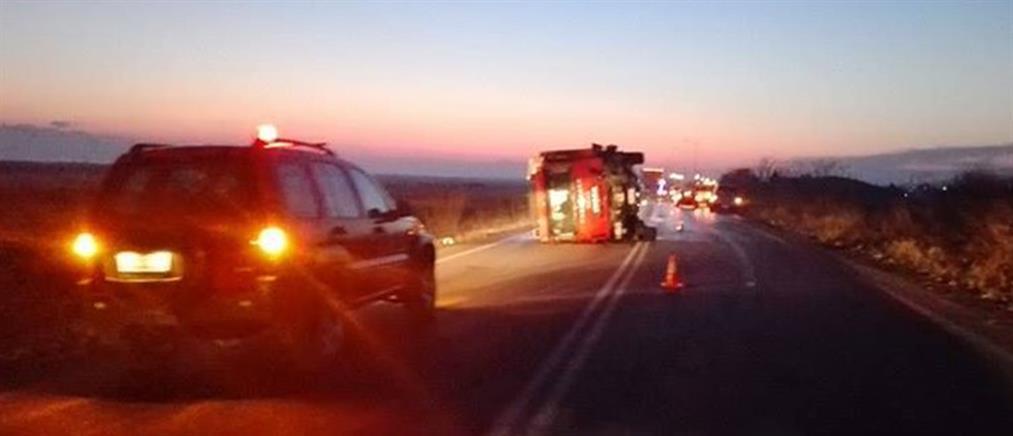 Δύο νεκροί σε τροχαίο με όχημα της Πυροσβεστικής
